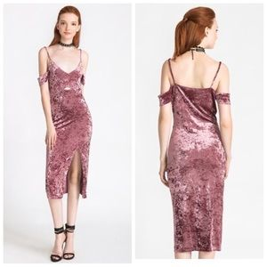 Rose Crushed velvet sans sourcing dress.